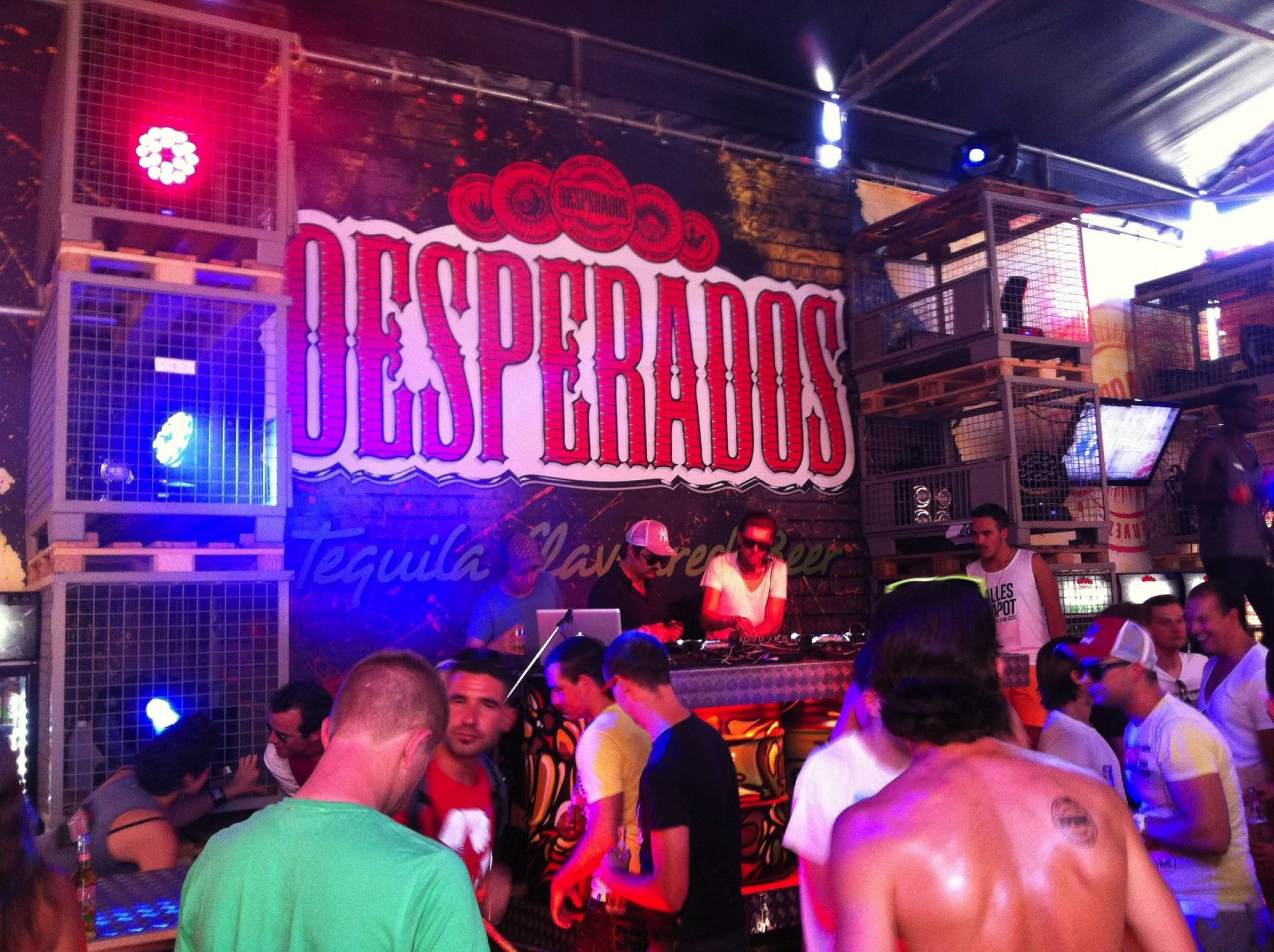 Fast Forward Evenementenbureau Gent Festivalstand Desperados Factory Extrema Outdoor P18Q50Pc851Cj4Ejkfi71Euq1H215